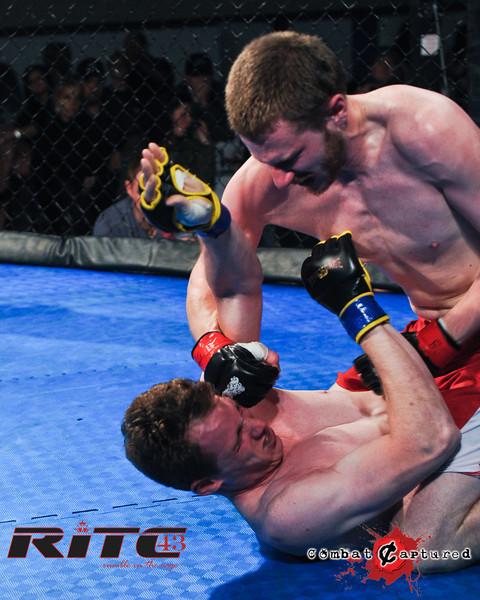 RITC43 B04 - Garrett Raines def Francois Bourassa-combatcaptured-0009.jpg