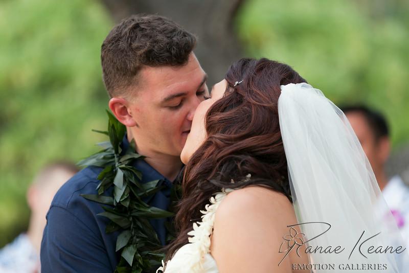 170__Hawaii_Destination_Wedding_Photographer_Ranae_Keane_www.EmotionGalleries.com__140705.jpg