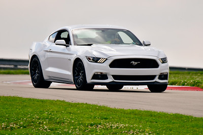 6-6-19 SCCA TNiA Advance White Mustang