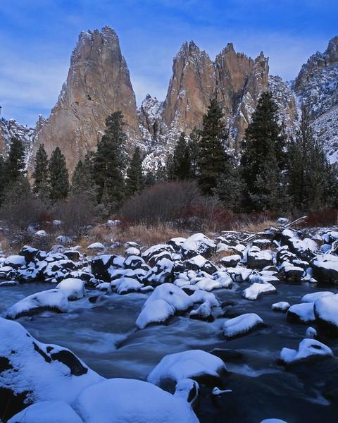 Smith Rock pillars river in snow sf.jpg