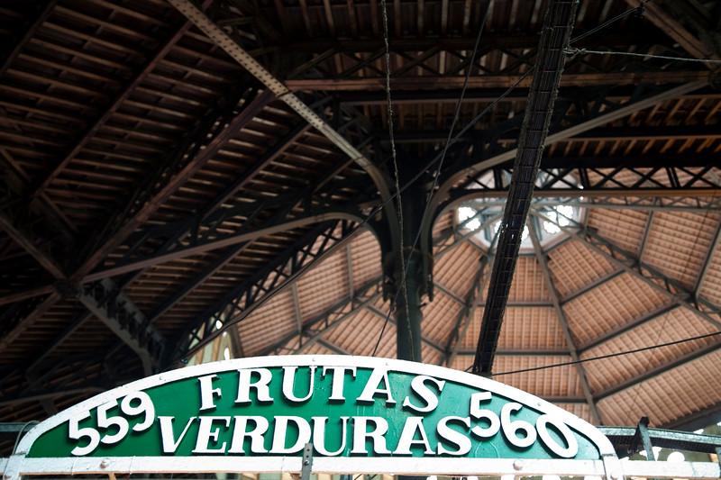 Shop sign and ceiling, Sant Antoni market, town of Barcelona, autonomous commnunity of Catalonia, northeastern Spain