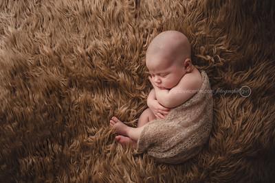Newborn • Amanda