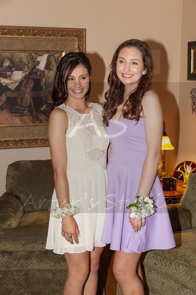 2014 Junior Prom Olivia and friends