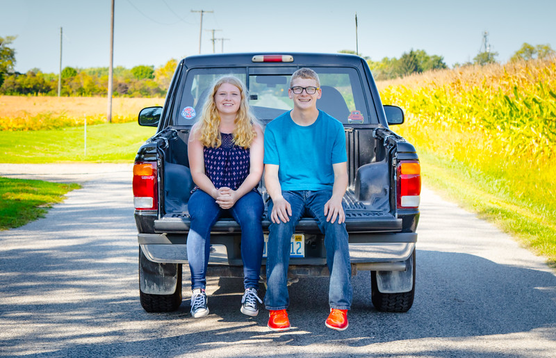 Madison and Dylans Senior  Pictures 2018-104.jpg