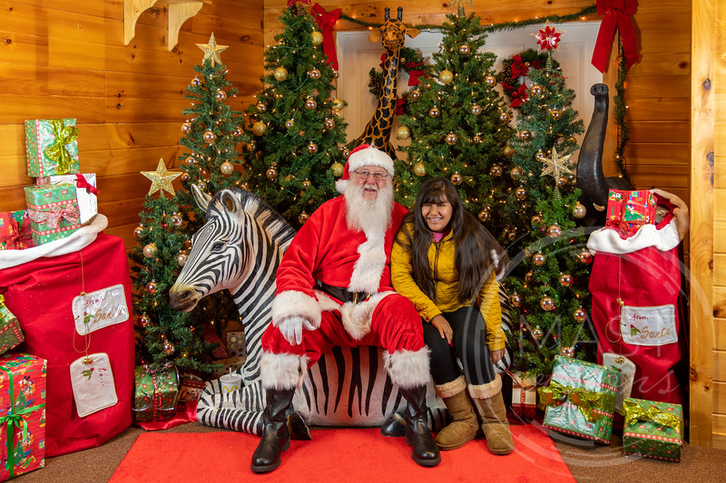 2019-12-01 Santa at the Zoo-7384.jpg