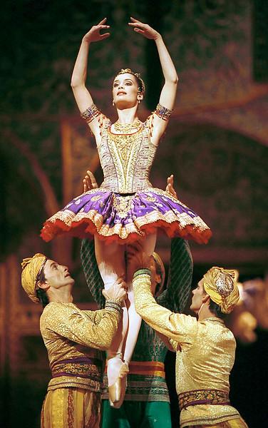 La Bayadere/ Paris Ballet Opera