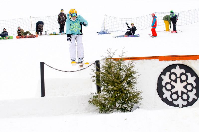 Snow-Trails_Mid-Season-2015-SpFeat-74.jpg