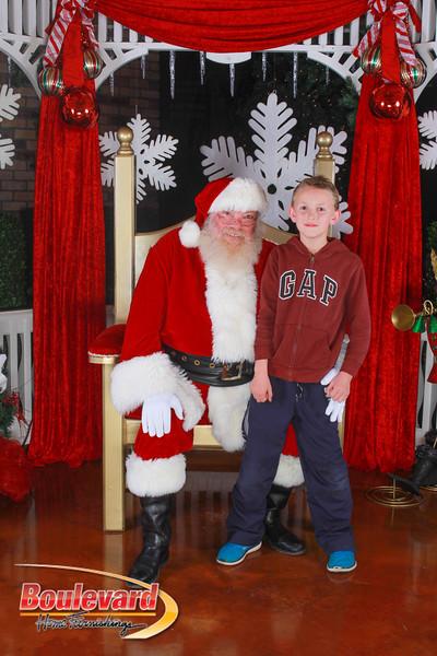 Santa 12-10-16-236.jpg