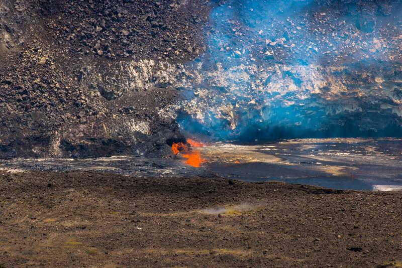 volcano eruption Halamaumau Crater LRE -3771.jpg