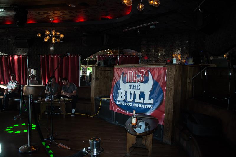 Matt Stell-TheBull-001.jpg