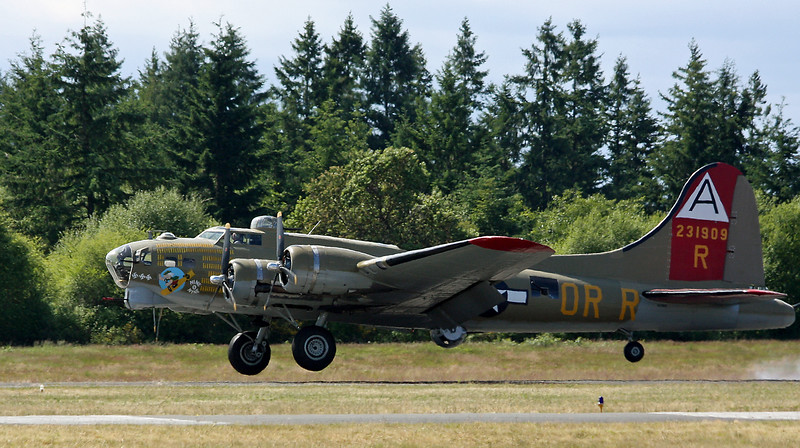 20080618-B-17 Gig Harbor Air Show2.jpg