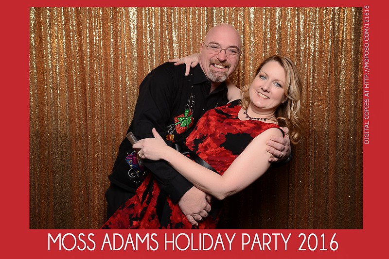 20161216_MOPOSO_Tacoma_Photobooth_MossAdamsHoliday16-3.jpg