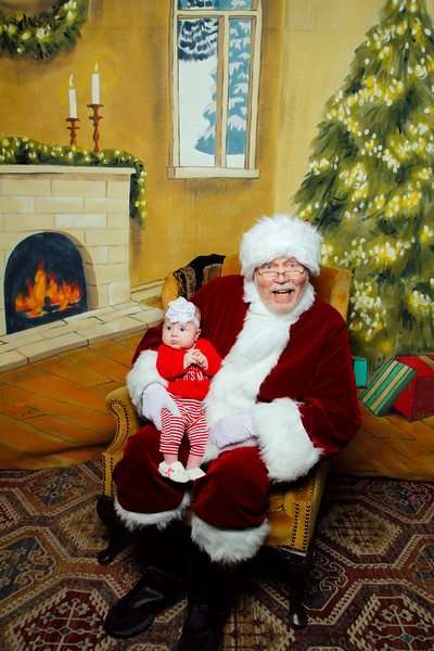 Pictures with Santa Earthbound 12.2.2017-127.jpg