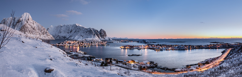 Morning Dawn over Reine