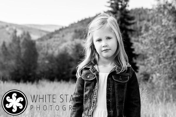 Vail Family Photos - Miller Ranch Open Space - Hanson BW