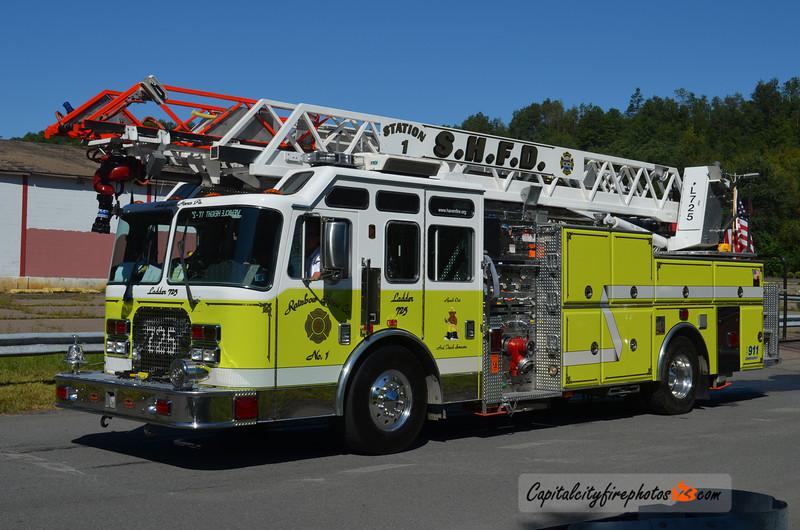 Schuylkill Haven (Rainbow Hose Co. 1) Ladder 725: 1997 KME 1750/600 75'