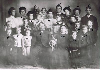 David and Hilie Photos 1908