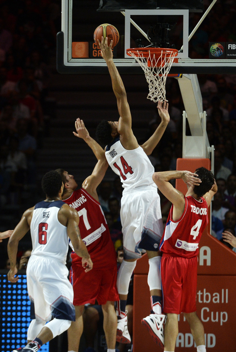 . US center Anthony Davis scores during the 2014 FIBA World basketball championships final match USA vs Serbia at the Palacio de los Deportes in Madrid on September 14, 2014.   GERARD JULIEN/AFP/Getty Images
