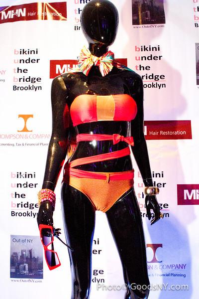 Bikini_ButB_©Photo: www.GoodsNY.com _ Wai Ng