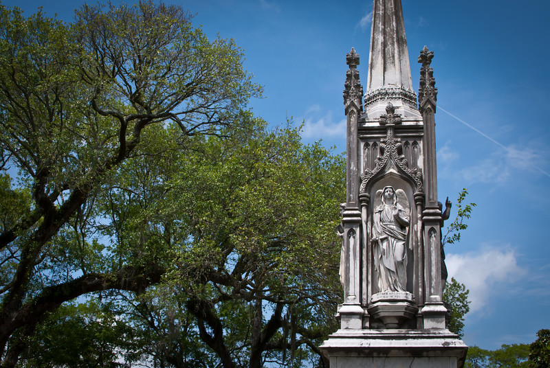 Charleston 201304 Magnolia Cemetery (17).jpg