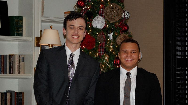 2016_12_03_Winter Formal09.jpg