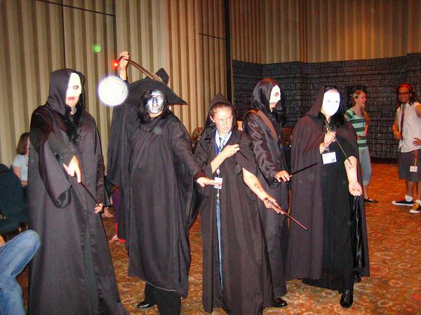 OOH! Death Eaters conjured an OOOOOOORB. DUN DUN DUN!