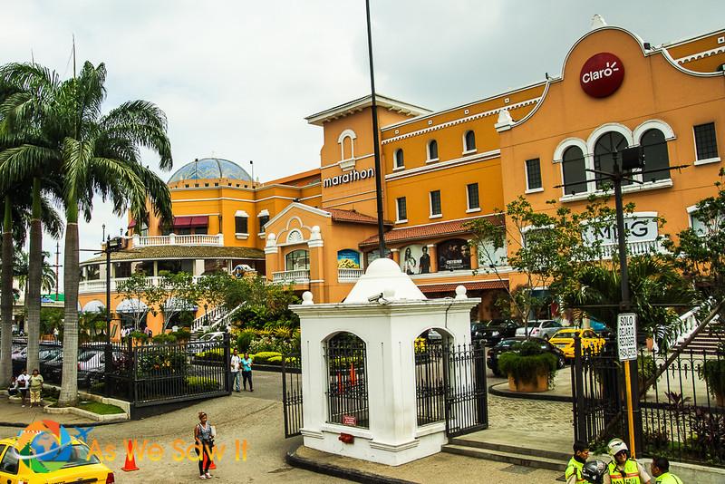 Guayaquil-00968.jpg
