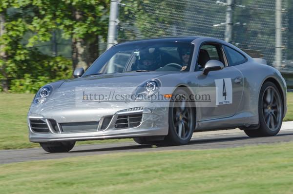 RE 4 Silver Porsche