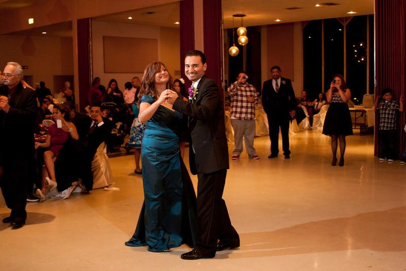 2011-11-11-Servante-Wedding-485.JPG