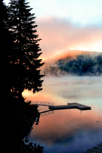 Morning mist from Lake Thomas cabin