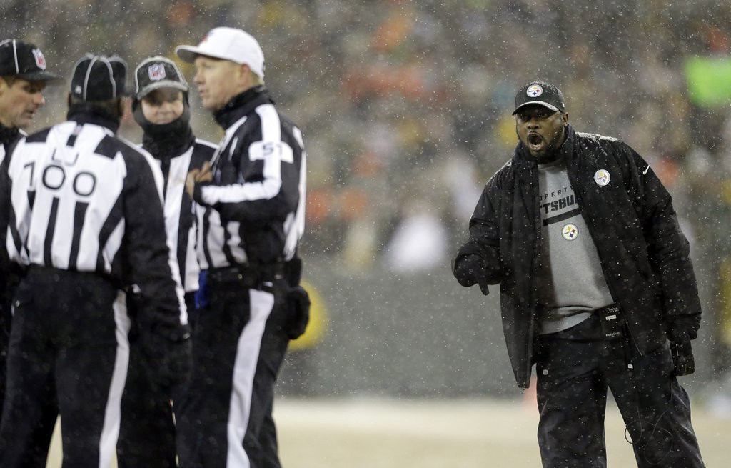 . <p><b> Browns at Steelers (-7):</b>  <p>Mike Tomlin�s Steelers barely held on to win Sunday after he insisted on scoring a touchdown instead of running out the clock and kicking a game-winning field goal. The blunder gave the Packers a last-second shot at victory and is only the latest indication that Tomlin might be a moron. <p>Pick: <b>Steelers by 10</b> <p>   <p><b>RECORD</b> <p><b>Week 16:</b> Straight up 7-9, vs. spread 8-8 <p><b>Season:</b> Straight up 149-90-1 (.623), vs. spread 113-120-7 (.485)  <p><b>Total (2003-13):</b> Straight up 1860-1047-3 (.640), vs. spread 1439-1383-88 (.510)   <br><p> <i>Kevin Cusick talks fantasy football, and whatever else comes up, with Bob Sansevere and �The Superstar� Mike Morris on Thursdays on Sports Radio 105 The Ticket. Follow him at <a href=\'http://twitter.com/theloopnow\'>twitter.com/theloopnow</a>.</i>  (AP Photo/Jeffrey Phelps)