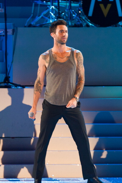 . NEW YORK, NY - NOVEMBER 09:  Musician Adam Levine of Maroon 5 performs during the 2011 Victoria\'s Secret Fashion Show at the Lexington Avenue Armory on November 9, 2011 in New York City.  (Photo by Michael Stewart/Getty Images)
