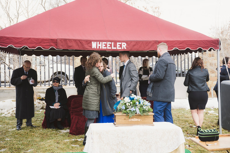 baby dew funeral-26.jpg