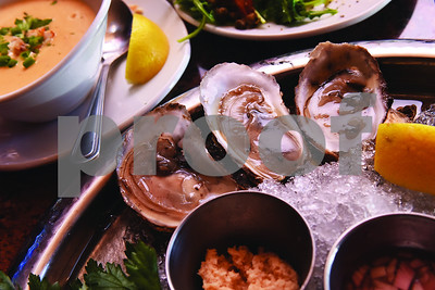 new-oyster-bar-opens-in-downtown-tyler-next-to-ricks-on-the-square