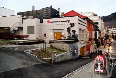Facade, 2012