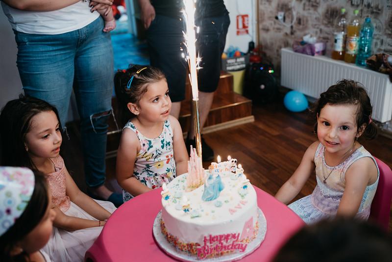 Ziua lui Ava 4 ani (5 of 18).JPG