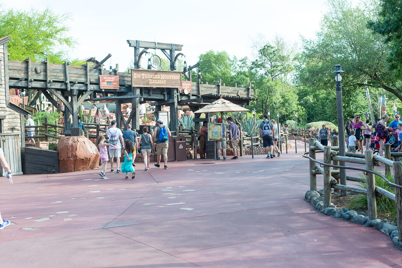Big Thunder - Short Wait - Magic Kingdom Walt Disney World