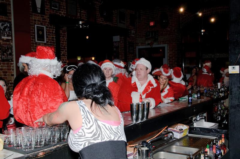 2009 ALS Santa Crawl-17.jpg