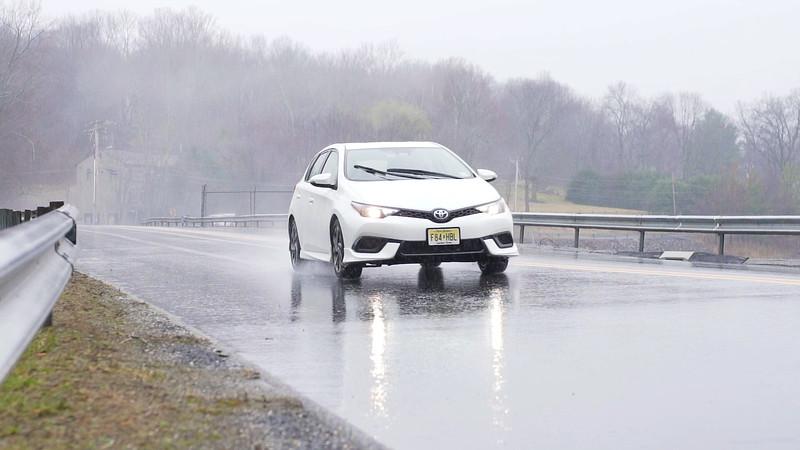 2017 Toyota Corolla iM Driving Reel