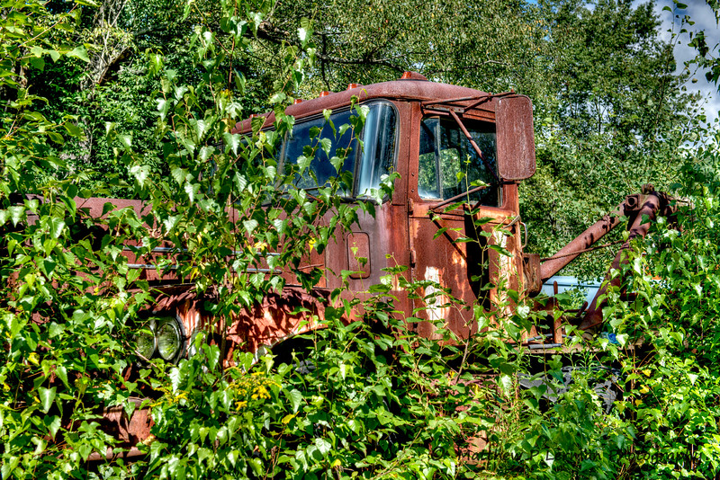 Rusty Brockway Tow Truck  Berlin, NY  #745