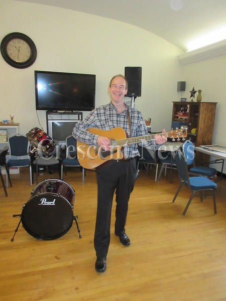 02-12-16 Hicksville music man