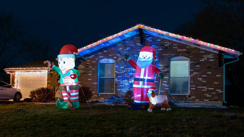 logan-elm-village-christmas-lights-113.jpg