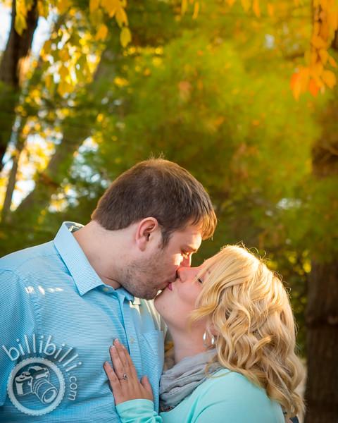 John and Johnann - Bentonville Engagement Photos-5.JPG
