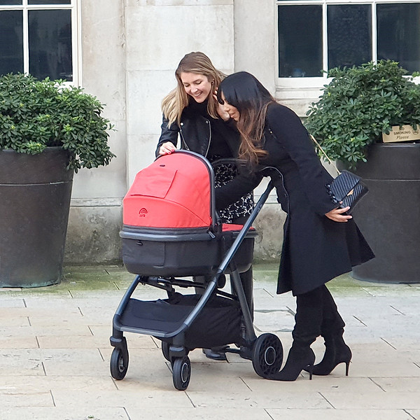 5 Ark Travel System Lifestyle Coral Town.jpg