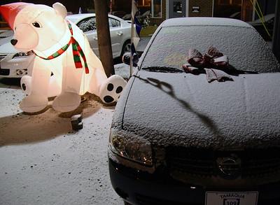 Freezing Snow on Car, Tamaqua 309 Auto Sales, Tamaqua (12-29-2011)