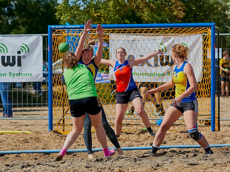 Molecaten NK Beach Handball 2016 dag 1 img 387.jpg