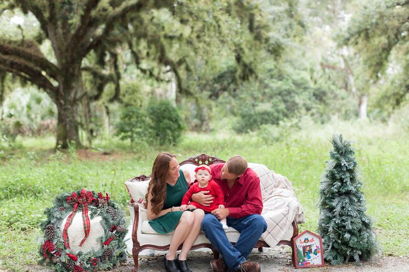 Holiday Minis- Heliin Family-5.jpg