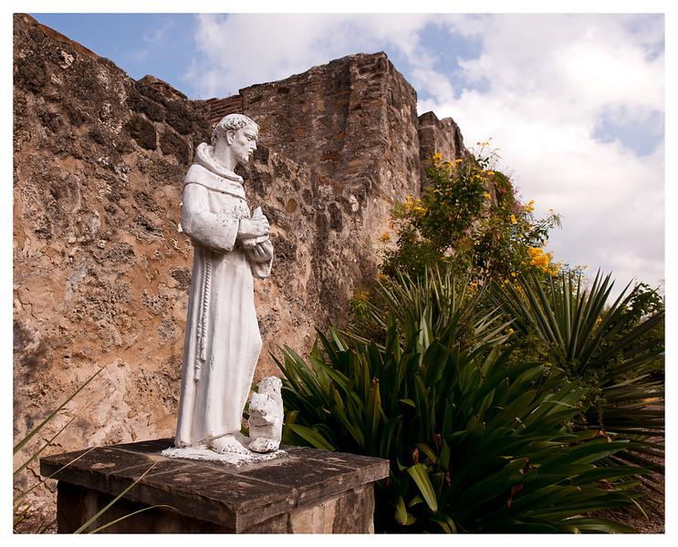 statue at mission2_1.jpg