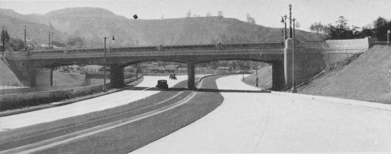 1940-11-CAHiPub-14a.jpg
