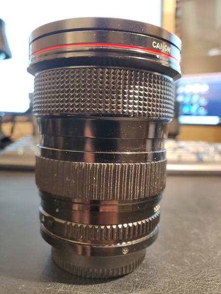 Canon FD 24-35mm 3.5 L - Serial V402 & 13060 003.jpg